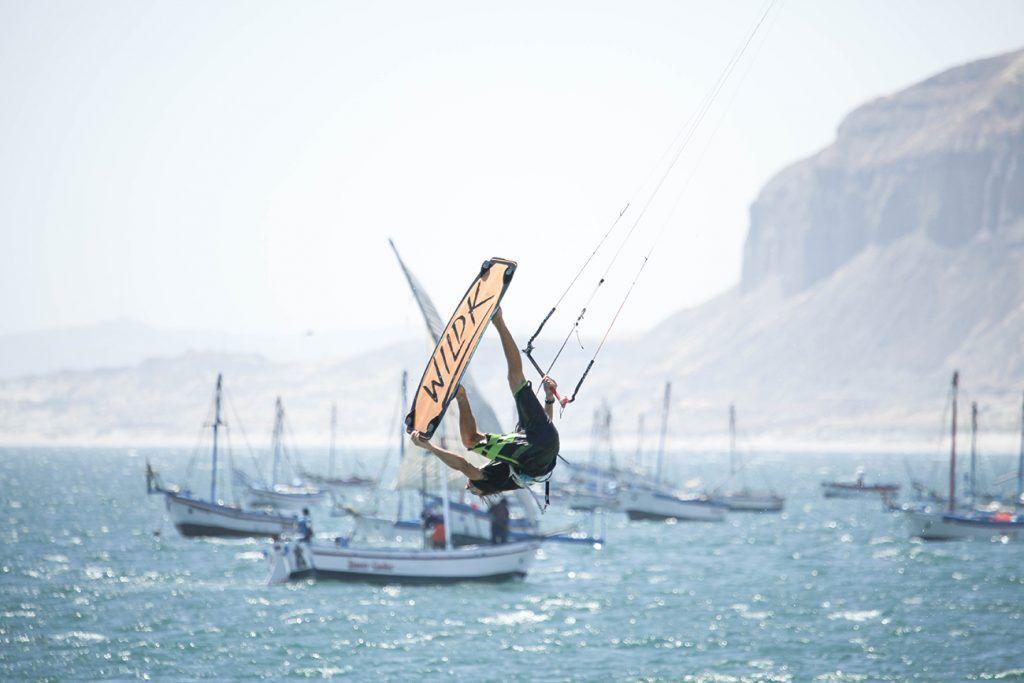 Kitesurfing with Wild Kite Peru