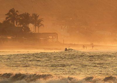 mancora surf sunset